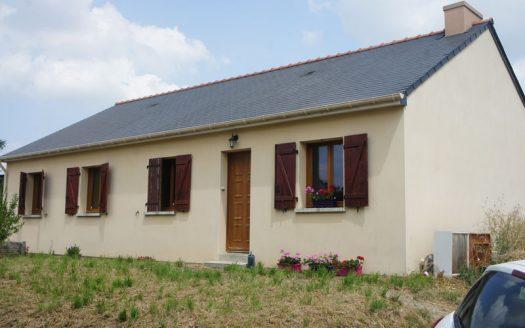 Petite maison avec jardin à vendre à la Rouxiere