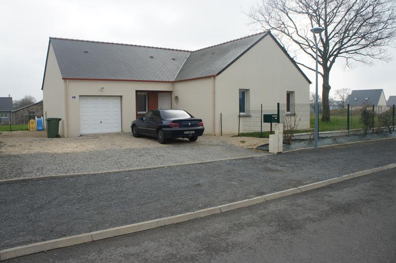 Une maison neuve de plain pied avec jardin avocatransac for Amenagement jardin maison neuve