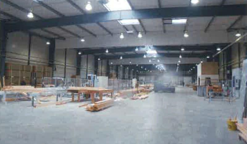 bâtiment industriel / entrepôt