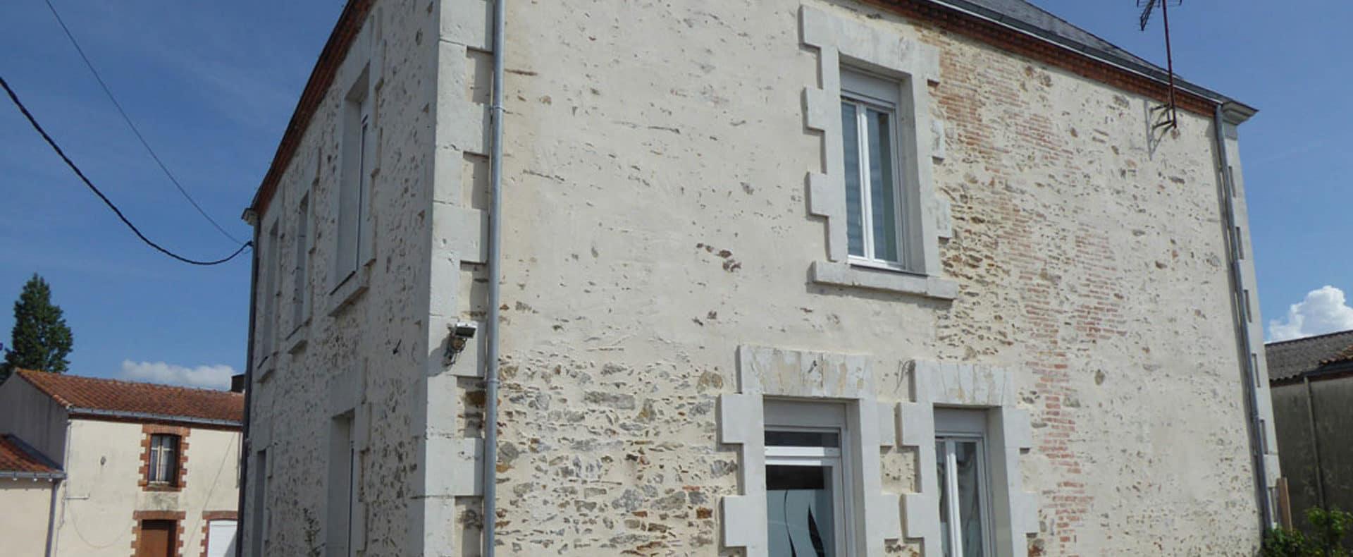 Maison en vente aux enchères Le Bignon